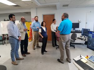 Dr. Veeraraghavan Sundar gives tours of UES' Robo-Met operations at the ACerS Dayton/Cincinnati/Northern Kentucky Section Kickoff Meeting